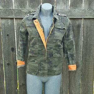 Camo Jacket Forever 21 High Low Green Size S/M